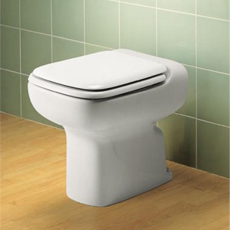 Vaso Conca Ideal Standard e il suo copriwater