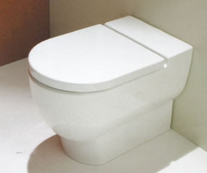 Serie AXA ONE Uno ceramica - l'interasse del copriwater fuori misura